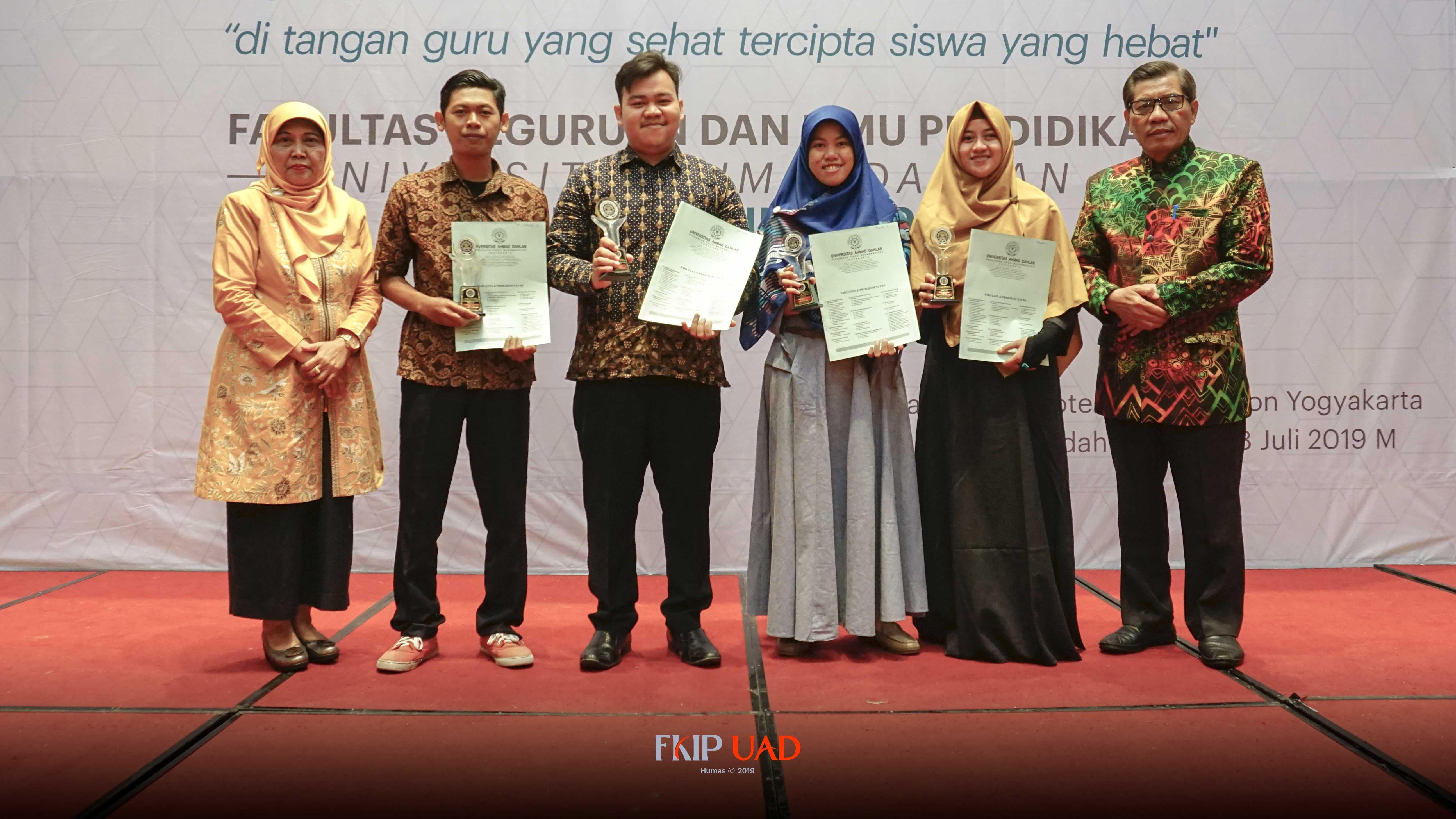 PBSI-Mahasiswa-Terbaik-FKIP-UAD