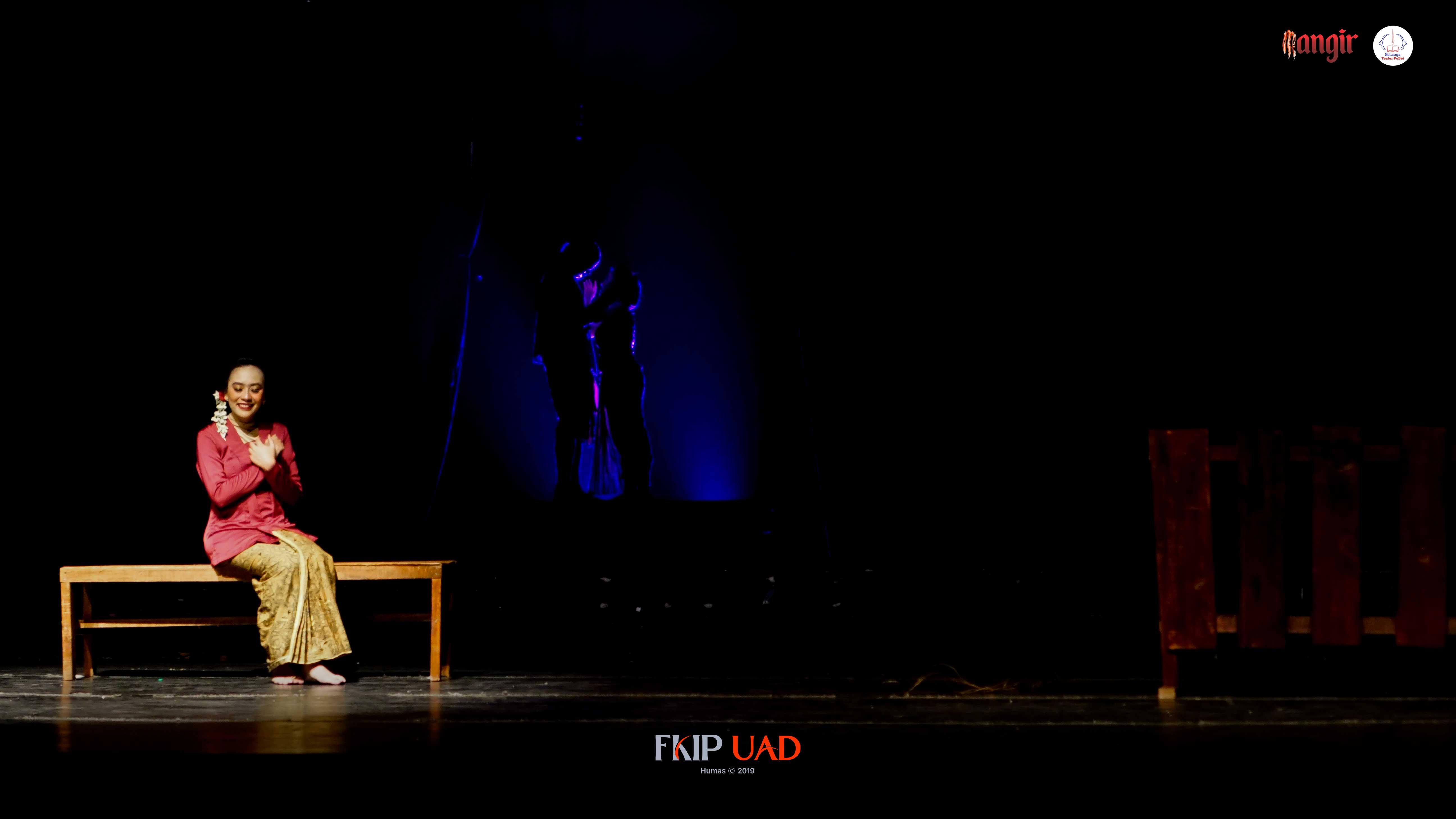 Teater-PeBei-UAD-Mangir